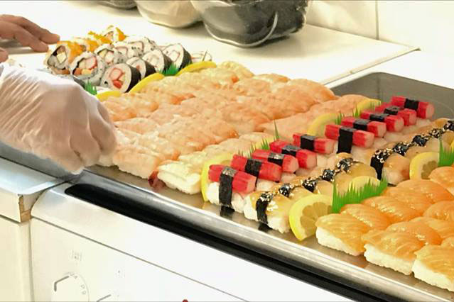 Sushi Lovers catering